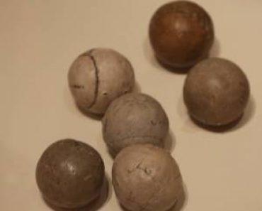 Des anciennes balles de golf